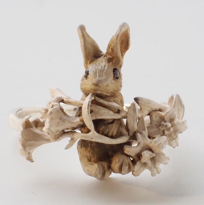 DECOvienya(デコヴィーニャ) 手作りアクセサリー ウサギとユリのリング シルバー925 レディース
