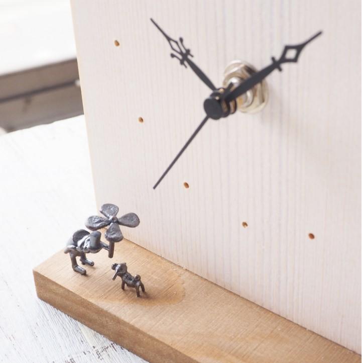 ブロンズ造形作家・コイズミタダシ コビトの置き時計 「雨降りの唄」