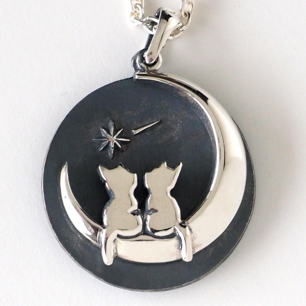 moge(モゲ) 手作りシルバーアクセサリー 月のゴンドラ ―三日月とネコ― シルバーネックレス