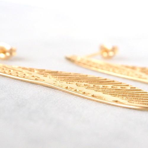 sasakihitomi アクセサリー作家・佐々木ひとみ とんぼのハネピアス 真鍮 18金ゴールド 2個セット