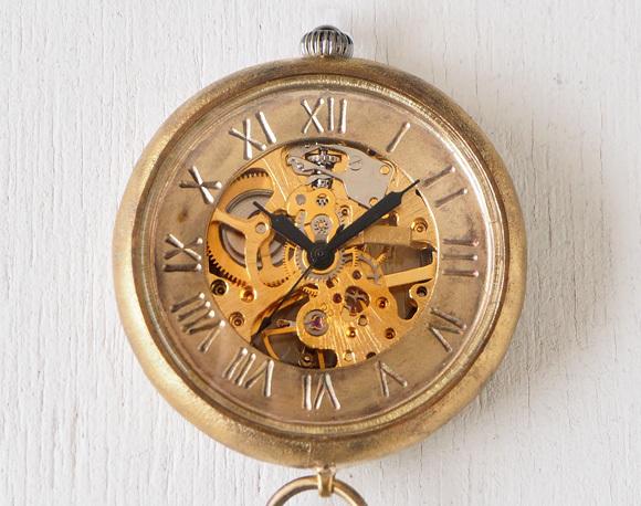 渡辺工房 手作り懐中時計 手巻き裏スケルトン ジャンボブラス 甲丸ケース 真鍮チェーン